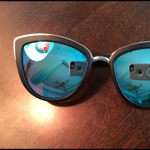 Quay My Girl mirrored cat eye sunglasses